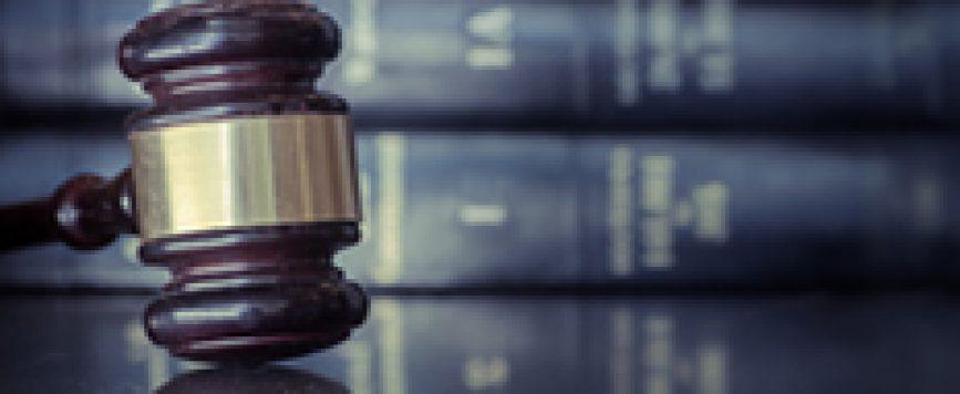 Hombre acusado por violencia de género no tuvo que pagar fianza