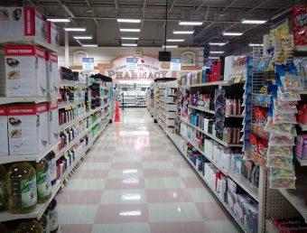 Proponen cerrar supermercados los domingos para minimizar contagios coronavirus y para que empleados descansen