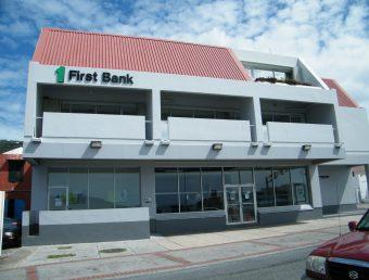FirstBank establece moratorias automáticas para sus préstamos