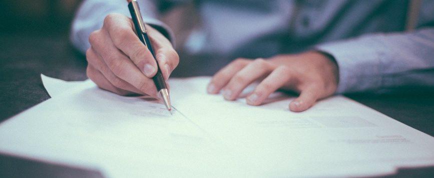 Proponen moratoria para que galenos puedan entregar documentos de facturación a los planes médicos