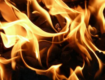 Se quema en su totalidad el Burger King de la Ponce de León