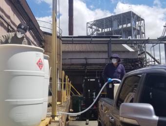 Destilería Serrallés rebasa los 55,000 galones de alcohol donadoante emergencia del COVID-19