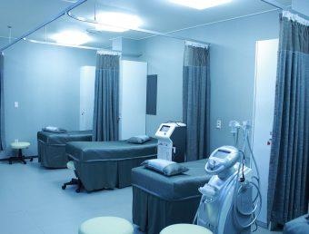 Proponen usar instalaciones médicas del Fondo para atender pacientes con COVID-19