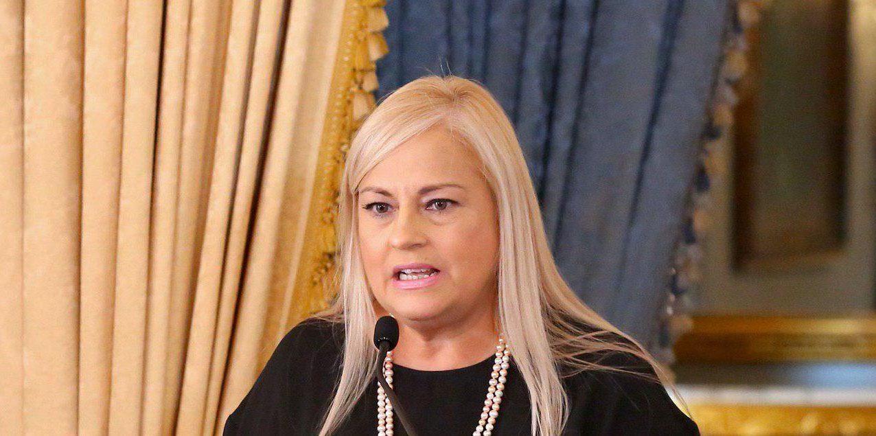 Escuelas deben prepararse para reabrir los planteles, dice gobernadora en nueva OE