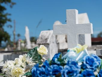 Abiertos los cementerios de veteranos este Día de las Madres