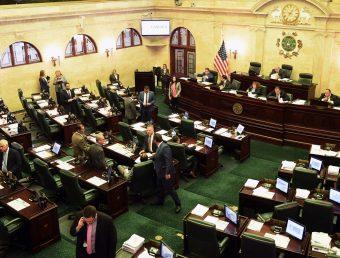 Cámara aprueba de forma unánime proyecto que limita la profesión de cabildeo en el Gobierno