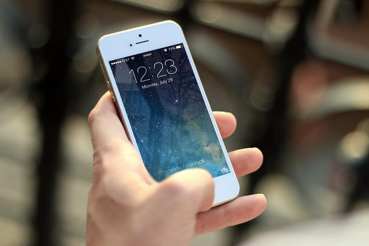 Timan a una persona que dio información personal vía telefónica