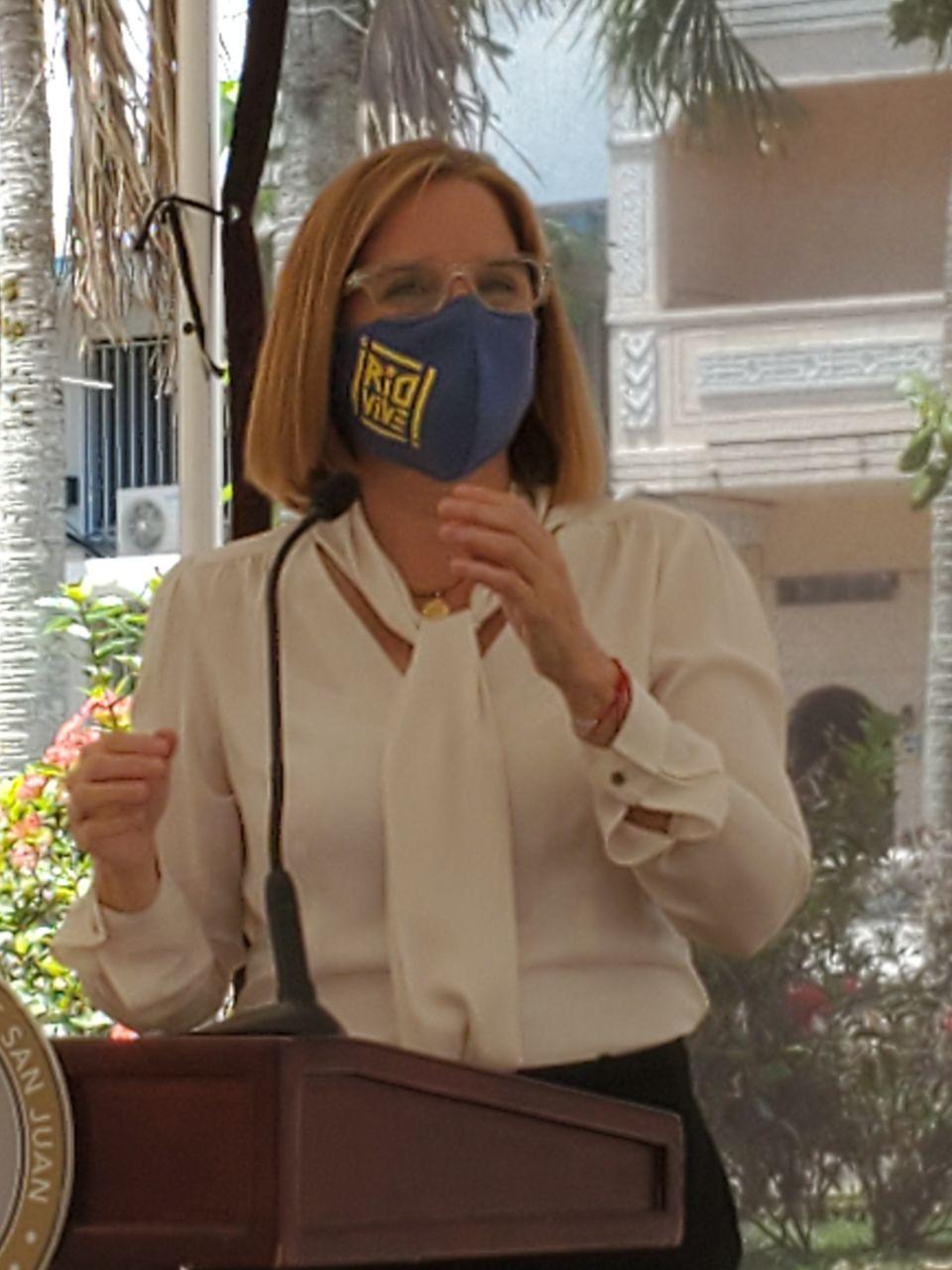 Alcaldesa de San Juan anuncia apertura de refugios en la Capital