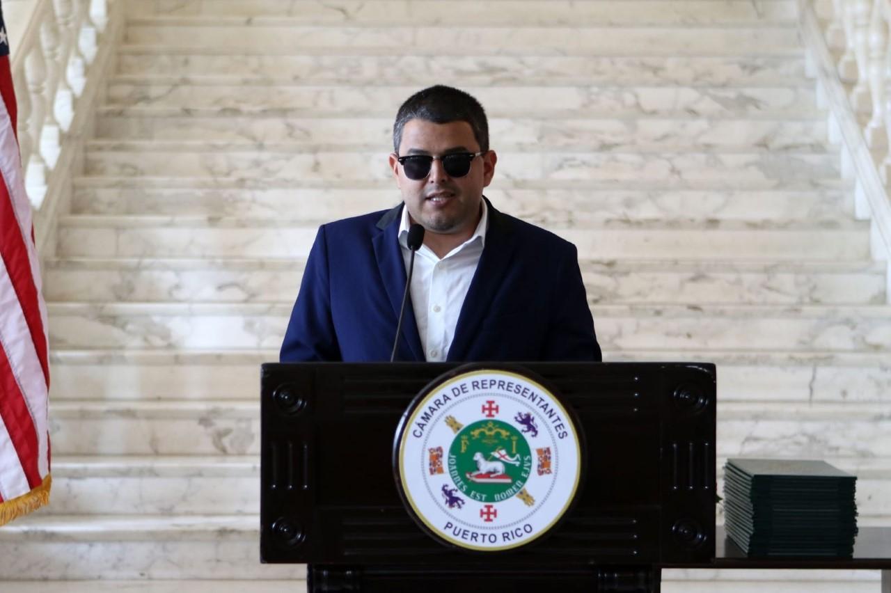 Federales arrestan al representante Néstor Alonso (Ampliación)