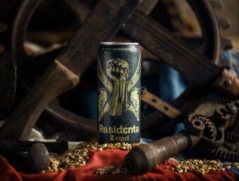 René Pérez Joglar lanza oficialmente su cerveza artesanal Residente Tripel