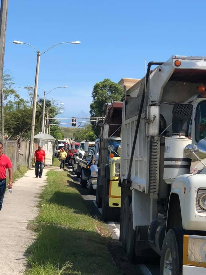 Junta de Control Fiscal llega a acuerdo con los camioneros para evitar un paro en el transporte a partir de este lunes (Ampliación)