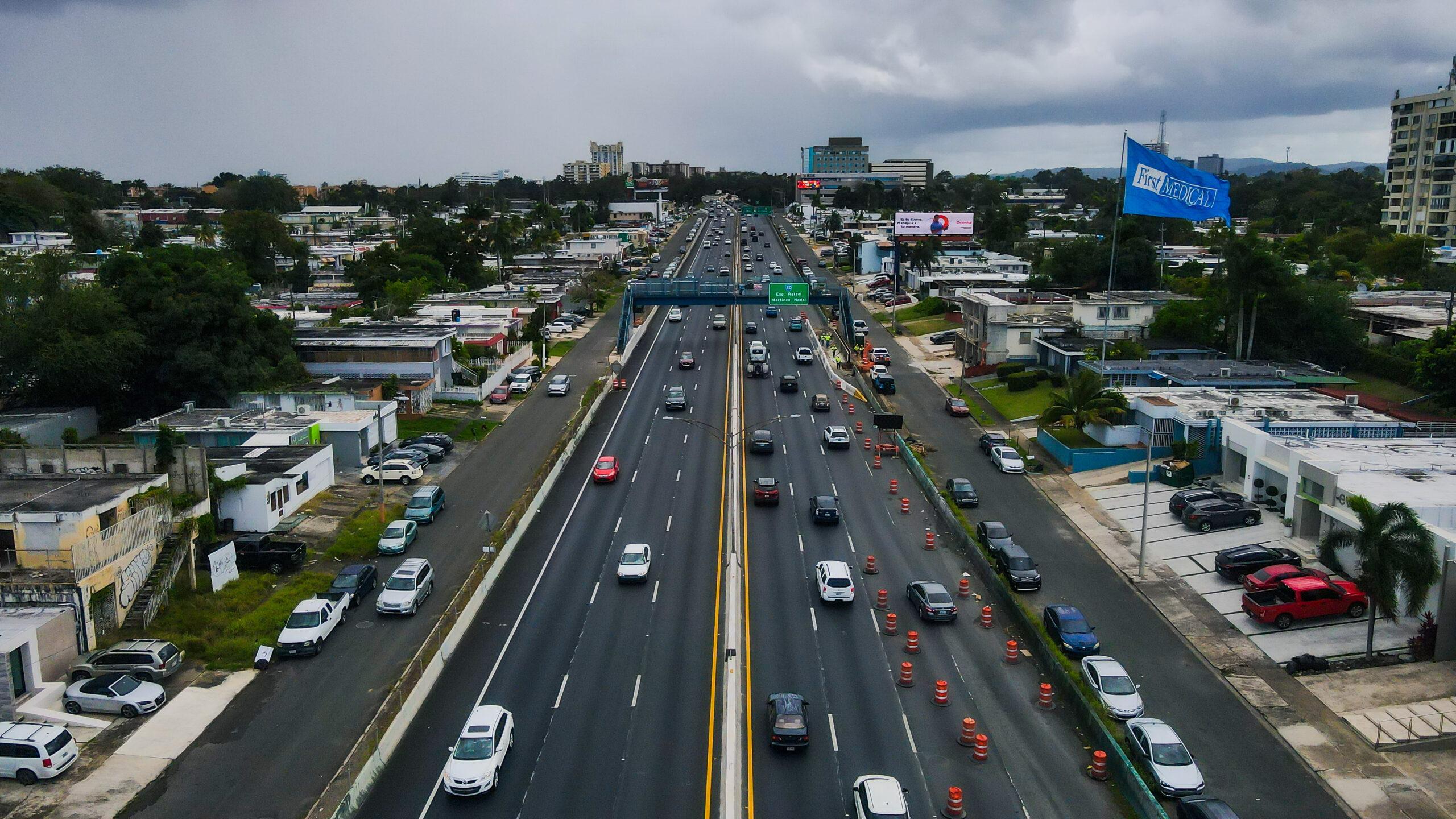 DTOP y ACT estrenan novedoso sistema de seguridad vial en el expreso Rafael Martínez Nadal