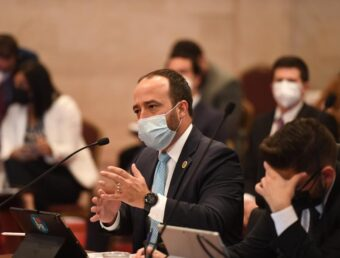 Secretario de Hacienda lamenta pérdida de 2.4 billones en recaudos a causa de la pandemia