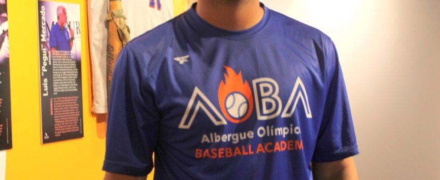 Entrenador de la Academia de Béisbol del Albergue Olímpico fue firmado por un equipo de Grandes Ligas