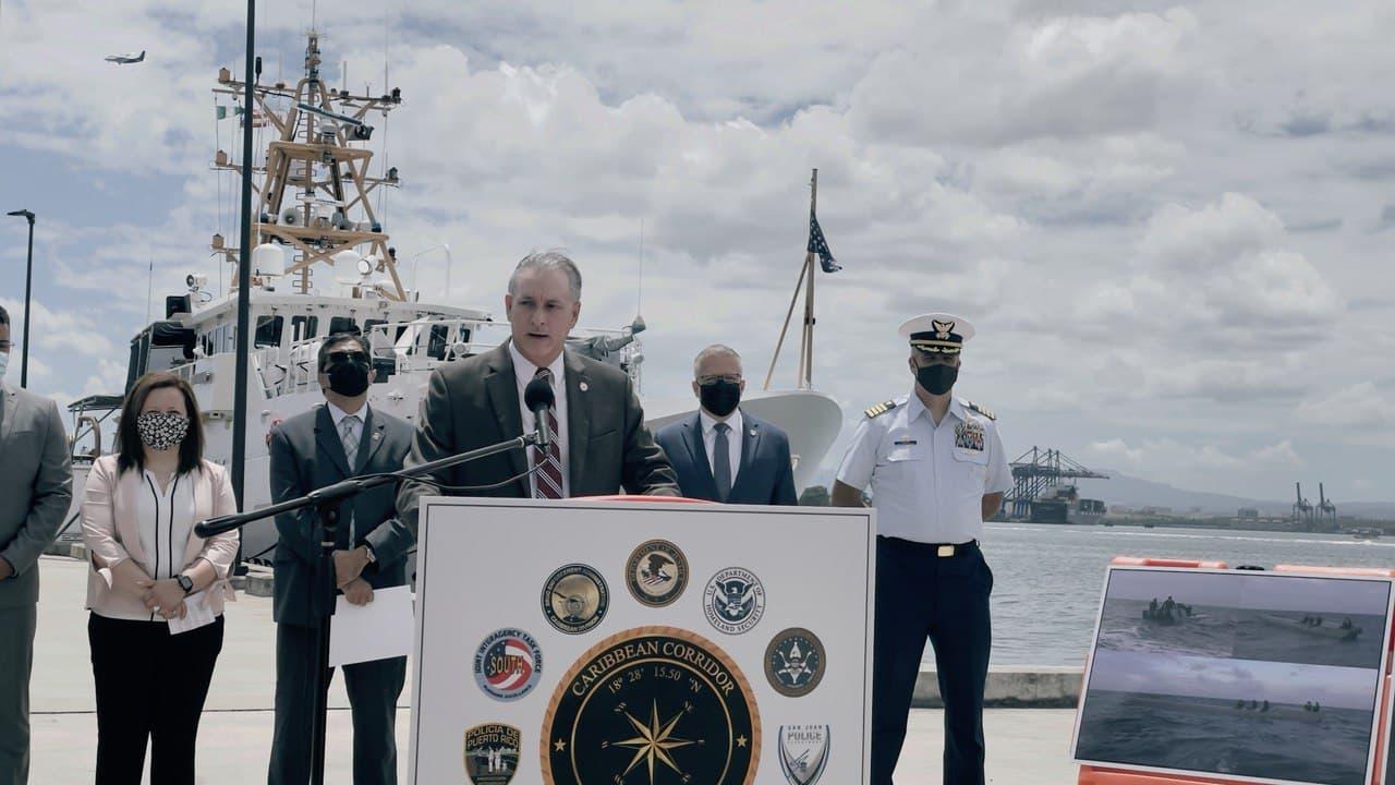 Federales confiscan por primera vez en el Caribe embarcación semi-sumergible con 2,500 kilos de cocaína (Sonido)