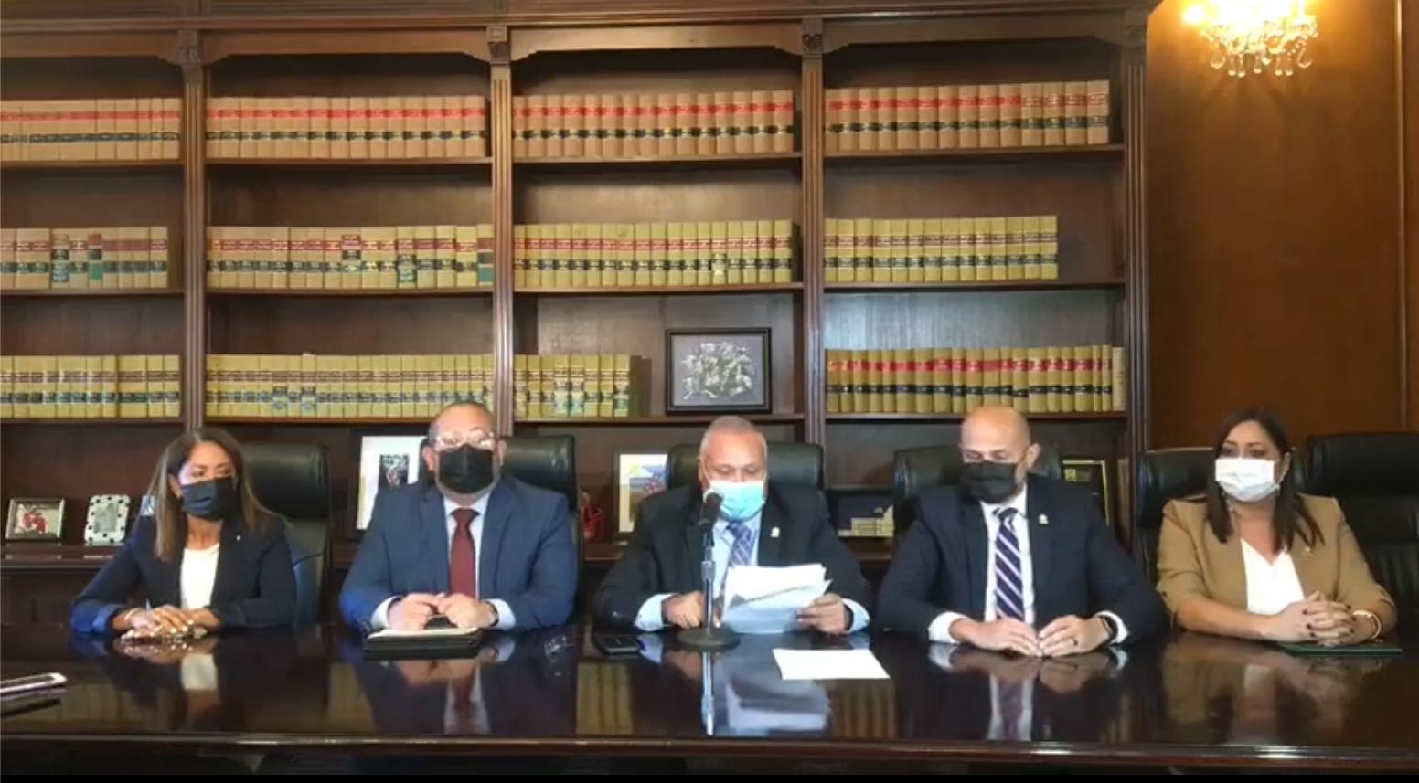 Alcaldes del sur y legisladores molestos con propuesto aumento en peajes (Sonidos)
