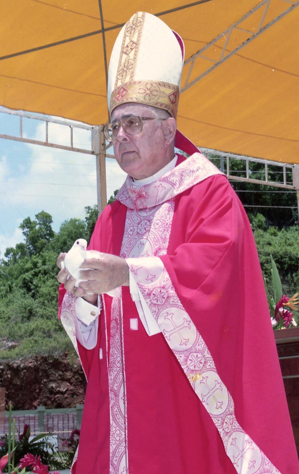 De luto la Diócesis de Arecibo por muerte de Obispo Emérito