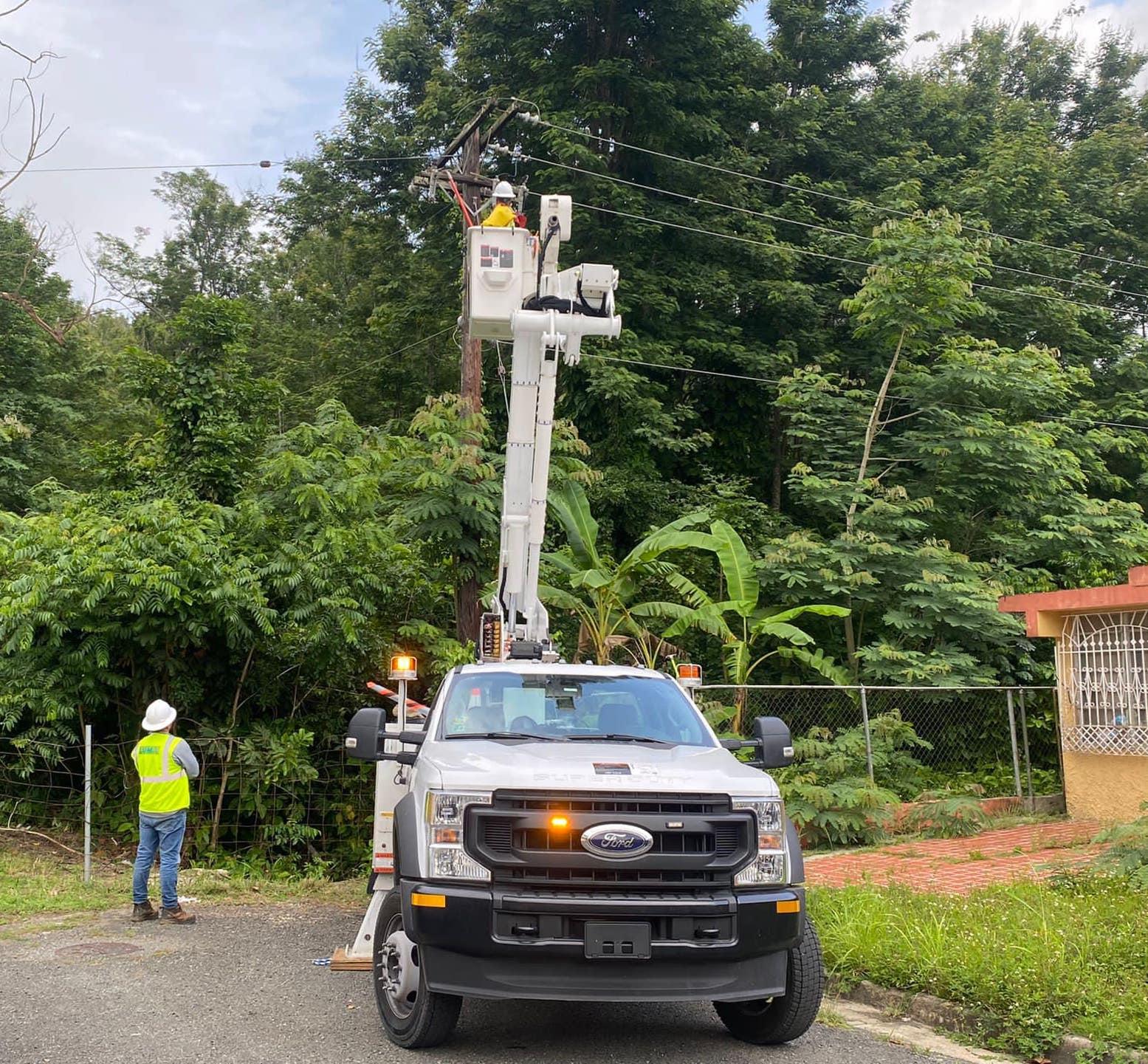Alcalde de Sabana Grande reclama atención urgente de LUMA Energy tras siete días sin servicio de electricidad en varias comunidades