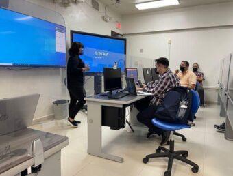 UPR revisa escala salarial del personal no docente y autoriza nuevas plazas docentes