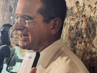 """Gobernador sobre conflicto en muelles: """"Tienen que ceder por el bien de Puerto Rico"""" (Sonido)"""