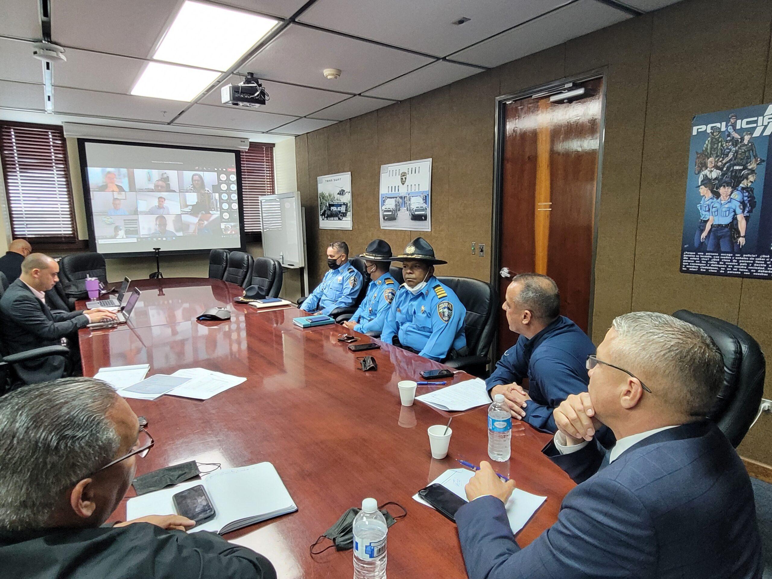 DSP y Policía ofrecen escoltas a industria de alimentos paralizada por camioneros