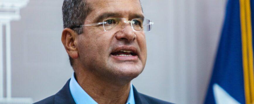 Gobernador presenta medida para aumentar salario mínimo