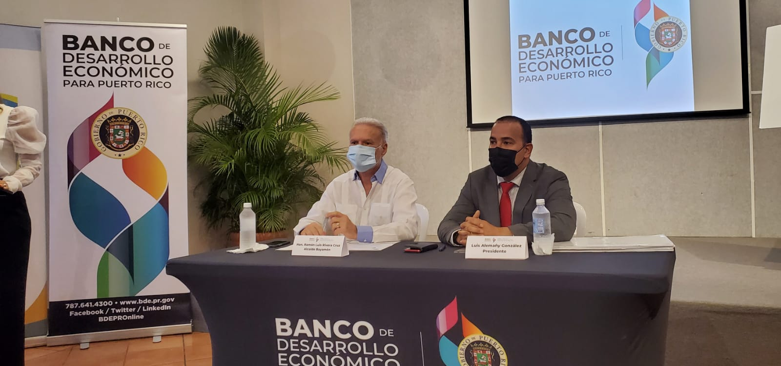 Anuncian millonaria subvención para comerciantes del Municipio de Bayamón (Sonido)