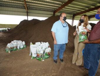Granja Avícola Pujols anuncia el lanzamiento del primer fertilizante orgánico a base de gallinaza producido localmente